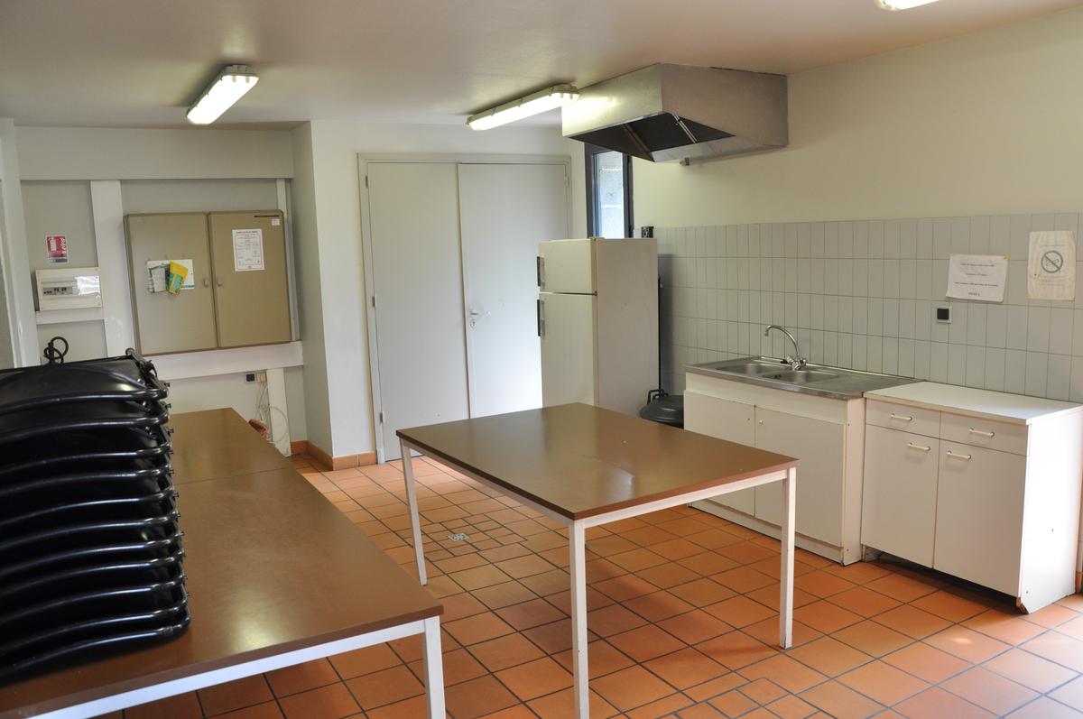 Salle_polyvalente_cuisine