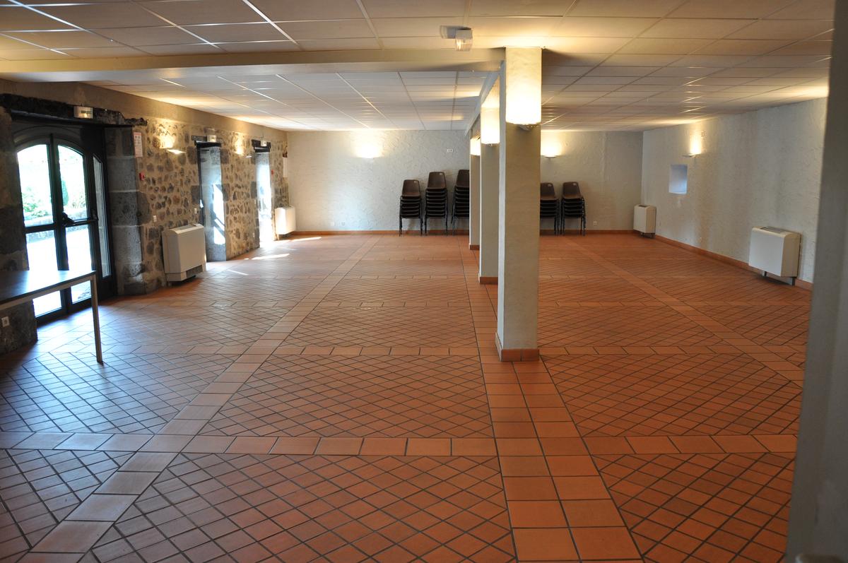 Salle_polyvalente_salle_bas (2)